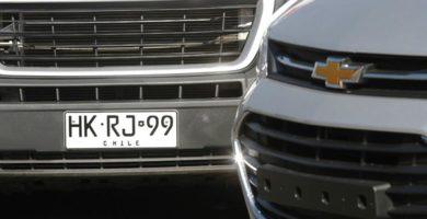 dueño de auto con la patente